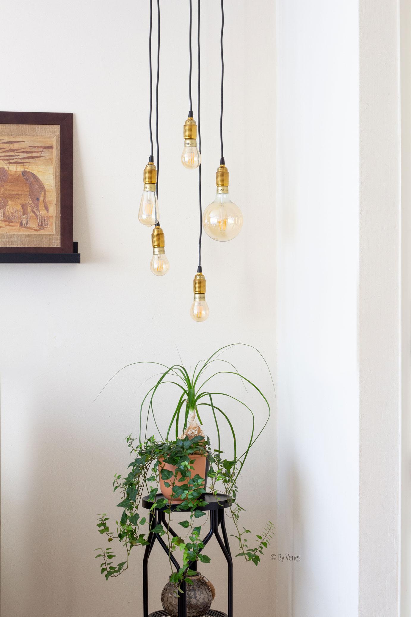Hanglamp Ilse. vier verschillende trendy hanglampen woonkamer