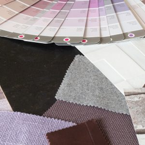 Kleur en materialen paars tinten