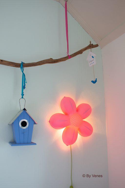 Lampje bloem meisjeskamer